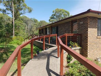 4 Cooroy  Crescent Yellow Rock NSW