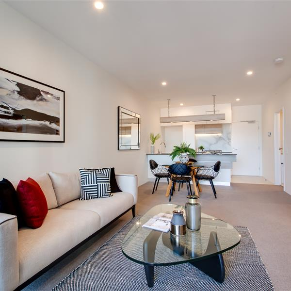 1002/43 Ferry Road, West End