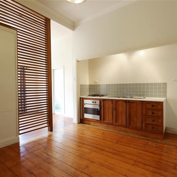 3/50 Windsor Road, Red Hill