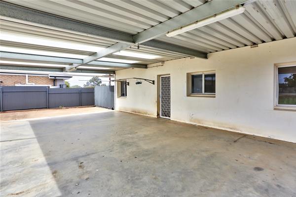 330 Brookfield Avenue Broken Hill NSW