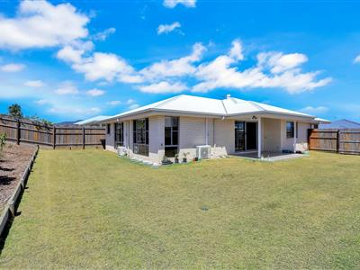 24  O'Connell Parade Urraween QLD