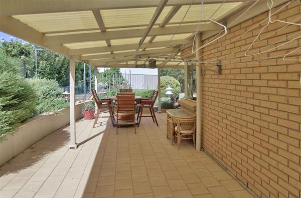 18 Highview Grove Moonta Bay SA