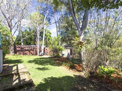 91 Bee Farm Road Springwood NSW
