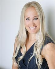 Samantha  Comber