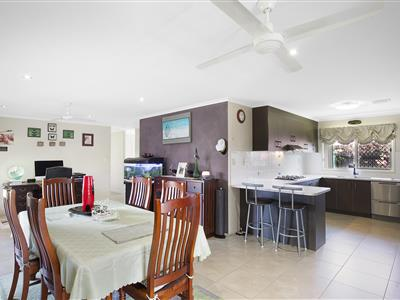 10 Kensi Court Point Vernon QLD