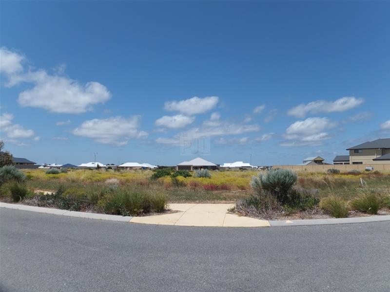7 BELLS BLVD (CNR ADRIANA PDE) Jurien Bay WA