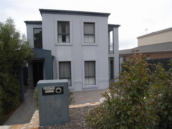 18 Redbank Street Harrison ACT