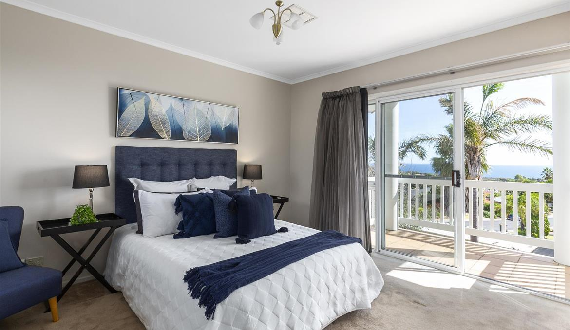 17 Oakvale Way Hallett Cove SA