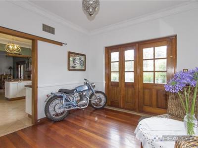 411 Hawkesbury Road Winmalee NSW