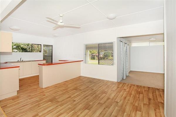 48 Isabella Avenue NAMBOUR QLD