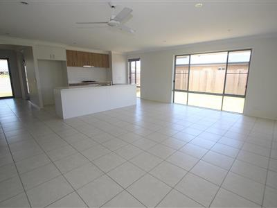 2 O'connell Parade Urraween QLD