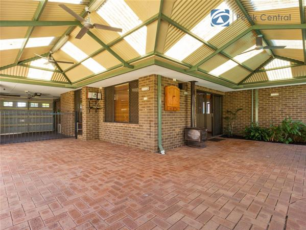 16 Scarp Terrace Willetton WA