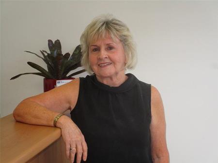 Pam Bayles