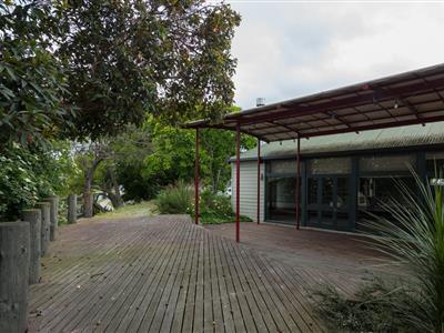 6 Russell Terrace