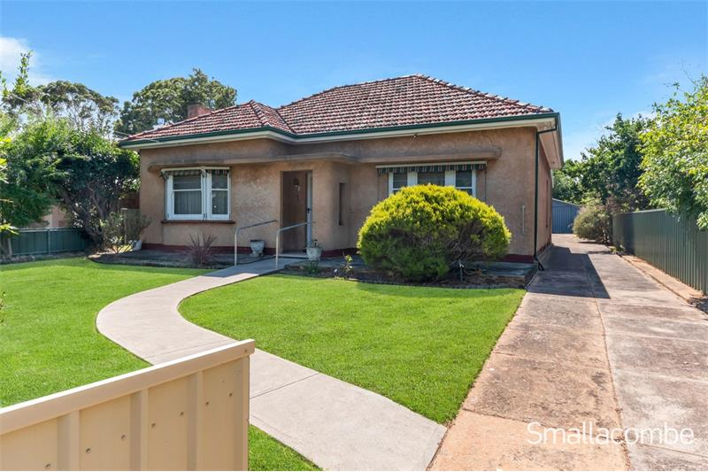 16 Denman Terrace Lower Mitcham SA