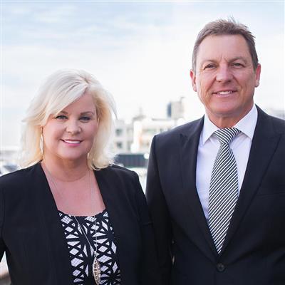 Steve Smith  & Lorraine Lee