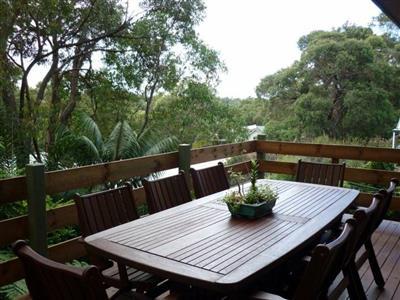 16 Lalor Drive Springwood NSW