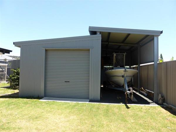 Rear Shed and boat port 1.jpg