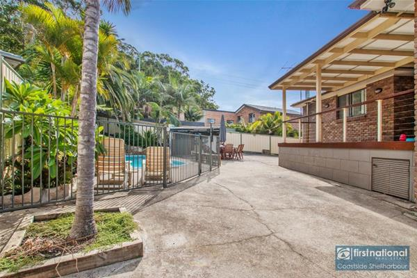 11 Greenwood Place Barrack Heights NSW