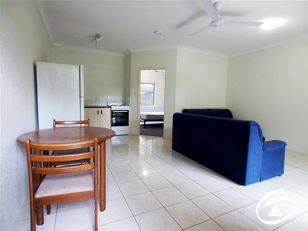 2/217 Spence Street Bungalow QLD